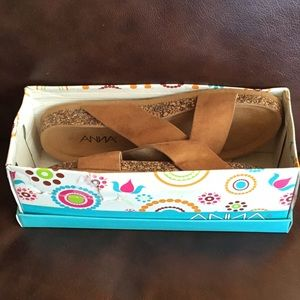 "New in box ANNA ""Gibson"" footbed sandals, size 9"